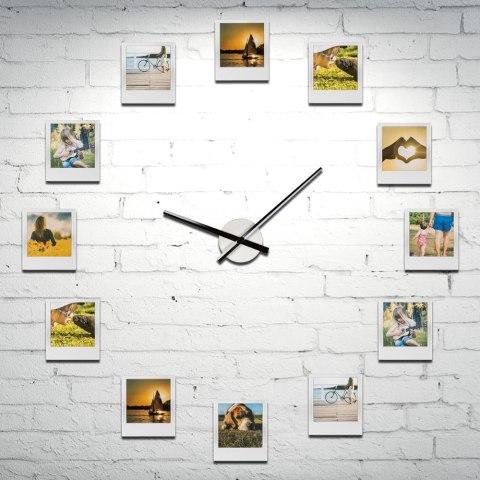 zegar z ramkami